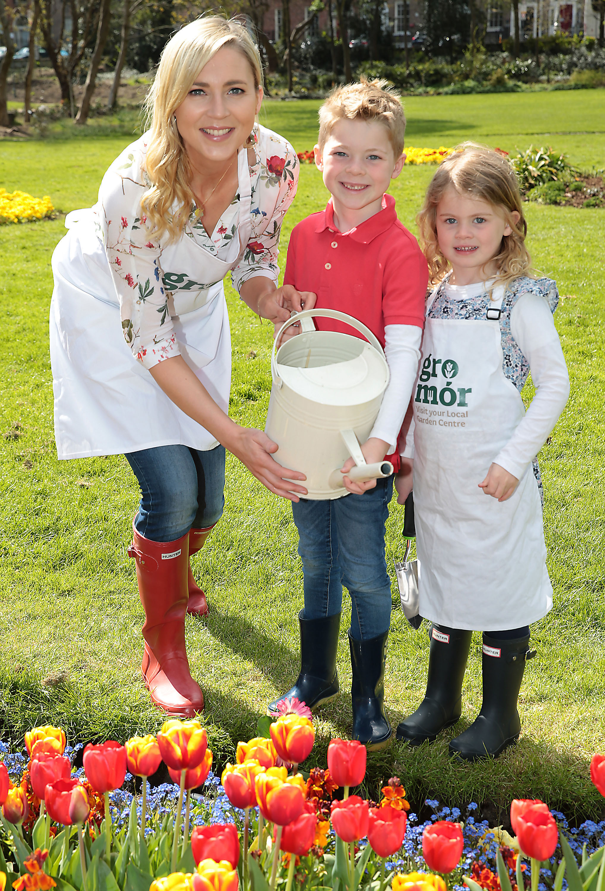 Sarah McGovern with her son Jude Vaughan(6 years old) and daughter Robyn Vaughan (4 years old ) pictured  as they launched  GroMór 2018 in Merrion Square, Dublin  ahead of  Lá Bealtaine 1st May which officially marks the start of summer.  GroMór 2018, a nationwide campaign is aimed at encouraging everyone to visit their local garden centres and get growing www.gromor.ie Pic Brian McEvoy No Repro fee for one use   GroMór is an initiative by Retail Excellence Ireland in association with Bord Bia and nursery growers, promoting its 75 local garden centres and nurseries located across the country. These centres are available to offer free expert advice to people in all age groups, from novices and new homeowners to experienced gardeners.  Find out how to best grow plants, herbs, flowers, fruits, vegetables, whether it be on a windowsill, balcony or in a garden. Also discover the health benefits associated with gardening or how to introduce the wonder of nature to children www.gromor.ie.
