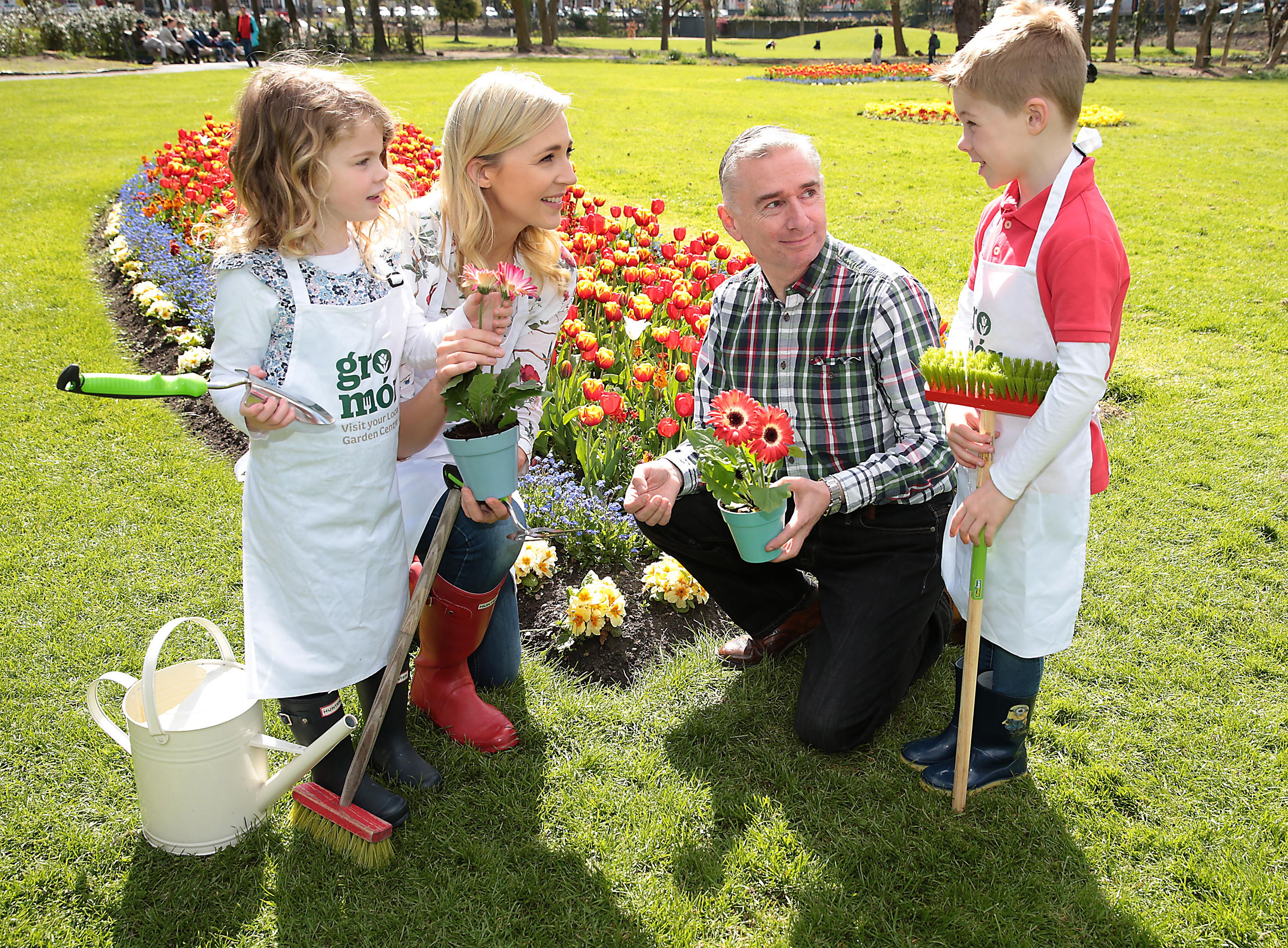 Gardening Expert Dermot O Neill pictured  with Sarah McGovern and her children  Robyn Vaughan (4) and Jude Vaughan (6) as they  launched  GroMór 2018 in Merrion Square, Dublin  ahead of  Lá Bealtaine 1st May which officially marks the start of summer.  GroMór 2018, a nationwide campaign is aimed at encouraging everyone to visit their local garden centres and get growing  Pic Brian McEvoy No Repro fee for one use    GroMór is an initiative by Retail Excellence Ireland in association with Bord Bia and nursery growers, promoting its 75 local garden centres and nurseries located across the country. These centres are available to offer free expert advice to people in all age groups, from novices and new homeowners to experienced gardeners.  Find out how to best grow plants, herbs, flowers, fruits, vegetables, whether it be on a windowsill, balcony or in a garden. Also discover the health benefits associated with gardening or how to introduce the wonder of nature to children www.gromor.ie.