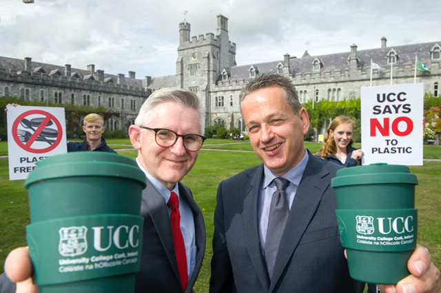 REPRO FREE Pictured at the announcement in UCC, Cork were Alan Hayes, Student Union President; Patrick O' Shea, UCC President; Michael Gleeson, CEO of KSG and Faye Mercy, Comms Student Union, UCC. KSG Catering partnering with UCC on sustainability leadership launched Ireland's first plastic free café. Located on the UCC campus in the Biosciences Institute the 'Bio Green Café' was refurbished in August and opened as Ireland's first plastic free café on Tuesday September 11th. KSG in collaboration with UCC has installed and implemented a number of innovative sustainability practices for the café operation as part of this pilot project. In light of the numerous environmental issues associated with single use plastic the goal of the project is to totally eliminate all variants of single use plastic in a UCC campus café. KSG has partnered with the UCC Green Campus Committee and jointly a number of initiatives have been launched in the cafe.  Pic Daragh Mc Sweeney/Provision
